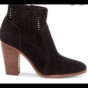 Brand New Vince Camuto Fenyia Booties